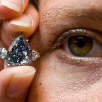 Sững sờ trước vẻ đẹp hoàn mỹ của kim cương xanh